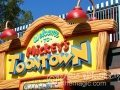 DLtoontownsign