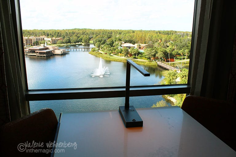 Deluxe Suite view of Lake